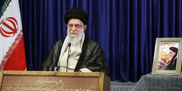 Imam Chomeini (r) hat gezeigt, dass die Supermächte verwundbar sind