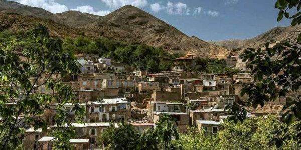 Das Dorf Oschtobin