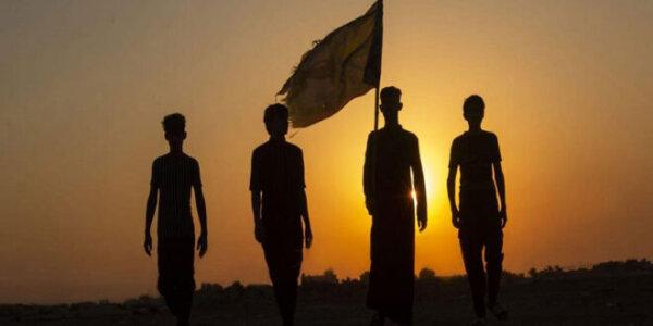 Die erste Arbain-Pilgergruppe zieht von Süden des Irak nach Karbala